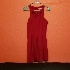 Red dress with pocketd